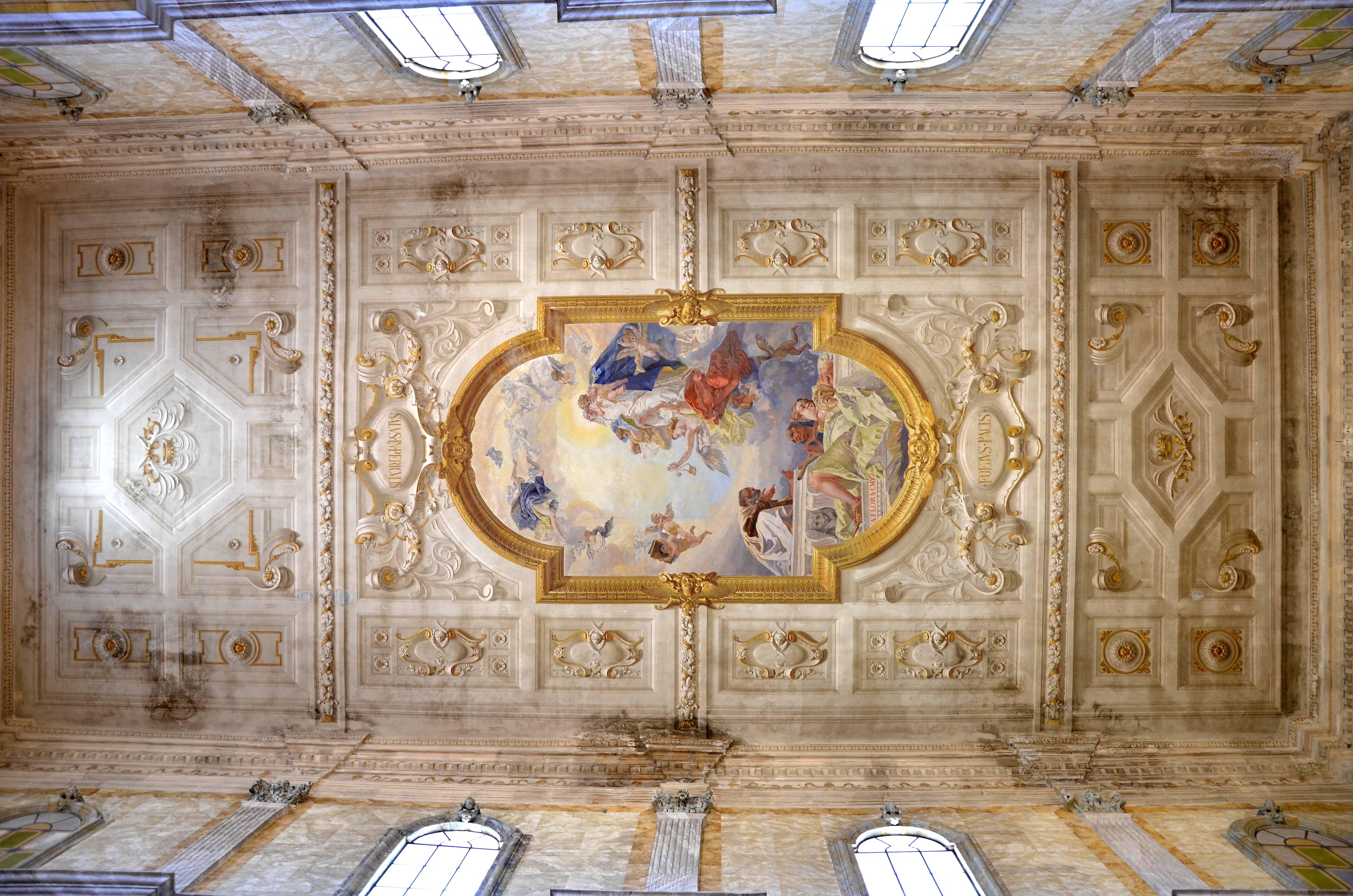 Panoramica del soffitto della Chiesa
